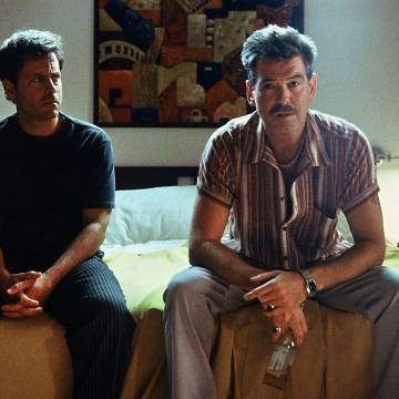 Pierce Brosnan and Greg Kinnear dodge danger in The Matador